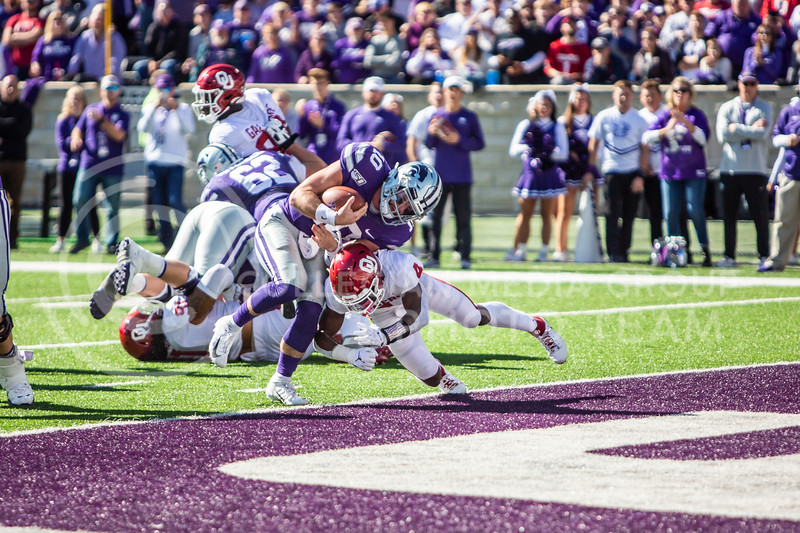 Junior quarterback Skylar Thompson runs in a touchdown during K-State's homecoming football game against OU in Bill Snyder Family Stadium on Oct. 26, 2019. The Wildcats upset the No. 5 rated Sooners with a final score of 48-41. (Logan Wassall | Collegian Media Group)