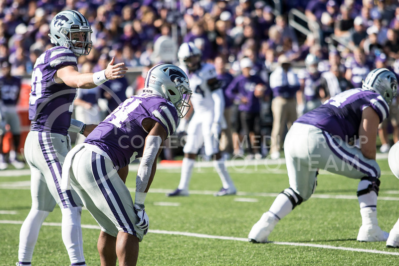 Junior quarterback Skylar Thompson sets up his offense during the game against TCU on Oct. 19, 2019 at Bill Snyder Family Stadium. (Sabrina Cline | Collegian Media Group)