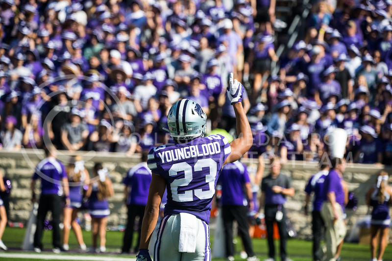 Freshman Wide Receiver Joshua Youngblood points up to sky at game against the TCU Horned Frogs. The Wildcats beat TCU 24-17. ( Dalton Wainscott I Collegian Media Group )