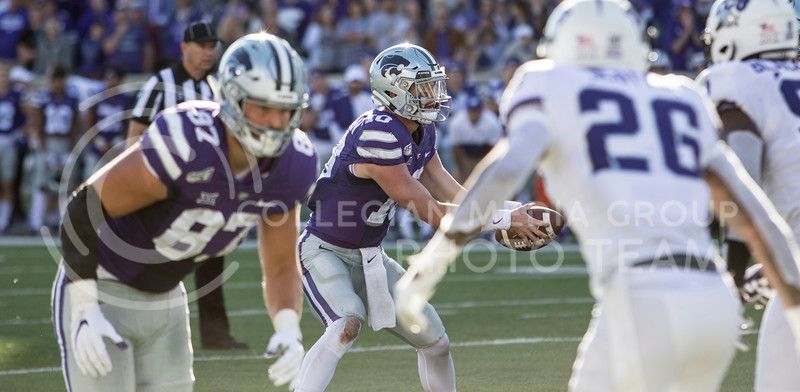 Junior quarterback Skylar Thompson takes the snap during the game against TCU on Oct. 19, 2019 at Bill Snyder Family Stadium. (Sabrina Cline   Collegian Media Group)