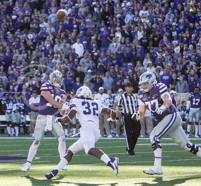 Junior quarterback Skylar Thompson throws the ball to sophomore wide receiver Chabastin Taylor during the game against TCU on Oct. 19, 2019 at Bill Snyder Family Stadium. (Sabrina Cline   Collegian Media Group)