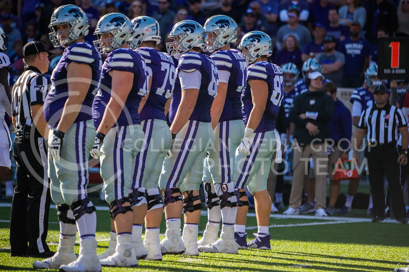 K-state Offensive line gets ready for play at game against the TCU Horned Frogs. The Wildcats beat TCU 24-17. ( Dalton Wainscott I Collegian Media Group )