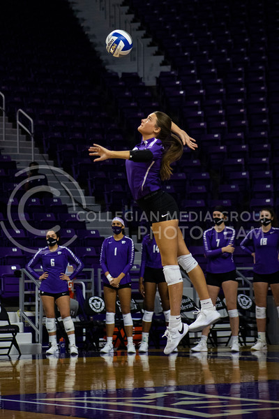 Sophomore defensive specialist Loren Hinkle serves the ball at the game at Bramledge Coliseum on October 17th 2020. The wildcats lost to the #1 ranked Texas by a score of 3-0 in the second game of the series. (Dalton Wainscott I Collegian Media Group).