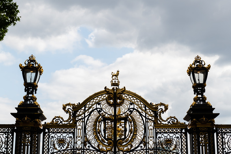 The Royal Gates stand outside of the square in front of Buckingham Palace, behind, a statue of Queen Victoria the Second sits in front of Buckingham Palace. (Olivia Bergmeier | Collegian Media Group)