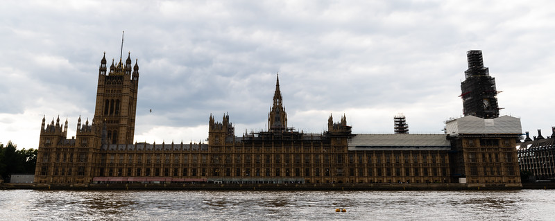 The British Parliment Building sits on the west bank of the River Thames. Attatched on the north end of the building sits the famous Big Ben clock tower. (Olivia Bergmeier | Collegian Media Group)