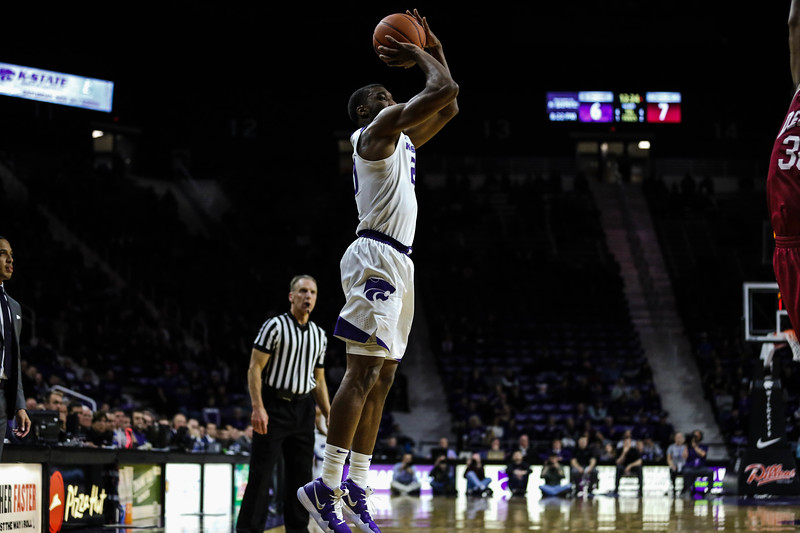 Xavier Sneed shoots the ball and makes it during K-State's basketball game against Denver in Bramlage Coliseum on Nov. 12, 2018. The Wildcats defeated the Pioneers 64-56. (Emily Lenk | Collegian Media Group)