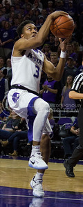 Sophomore guard Kamau Stokes goes up for a basket during the K-State basketball game against Green Bay in Bramlage Coliseum on Nov. 30, 2016. (Miranda Snyder   The Collegian)