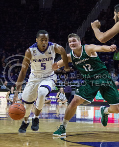 Sophomore guard Barry Brown dribbles the ball down the court during the K-State basketball game against  Green Bay in Bramlage Coliseum on Nov. 30, 2016. (Miranda Snyder   The Collegian)