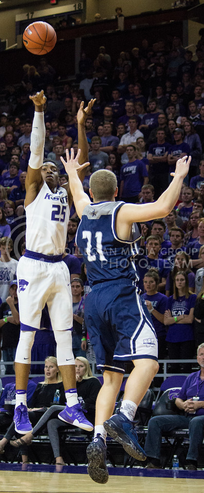 Senior forward Wesley Iwundu shoots the ball during the K-State game against Washburn in Bramlage Coliseum on Nov. 4, 2016. (Miranda Snyder | The Collegian)
