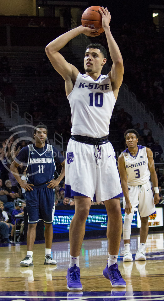 Freshman forward Isaiah Maurice shoots a free throw during the K-State game against Washburn in Bramlage Coliseum on Nov. 4, 2016. (Miranda Snyder | The Collegian)