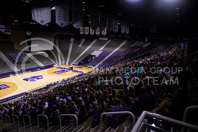 "Audience members gather in Bramlage Coliseum for ""Pant the Chant"" on Oct. 16, 2016. (Anna Spexarth 