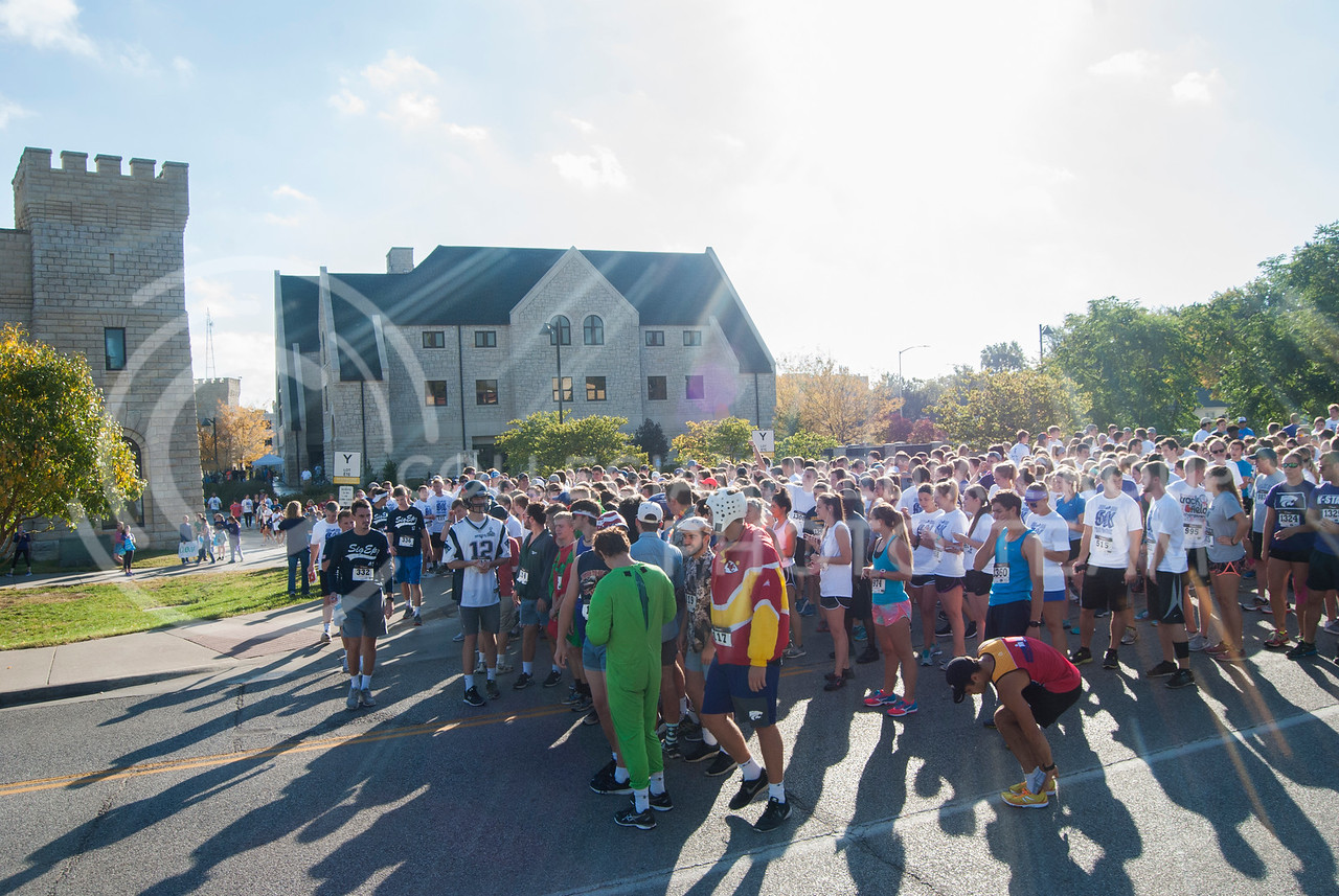 K-Staters and Manhattan residents begin to set their marks and participate in the 2016 Homecoming Philanthropy 5K Run/Walk. (Nick Horvath | The Royal Purple)