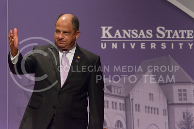 President Luis Guillermo Solís holds his hand up to the audience before speaking at his Landon Lecture in Forum Hall on Thursday May 19, 2016. (Photo by Evert Nelson | The Collegian)
