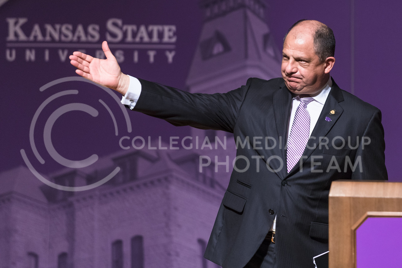 Luis Guillermo Solís, President of Costa Rica, waves to the crowd after delivering the 171st Landon Lecture May 19, 2016, in Forum Hall. (Parker Robb | The Collegian)