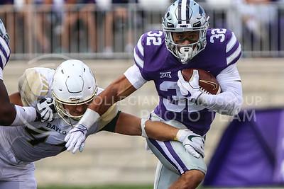 MANHATTAN, KANSAS - SEPTEMBER 30: Baylor University plays against Kansas State University at Bill Snyder Family Stadium on September 30, 2017. (Photo by Cooper Kinley)
