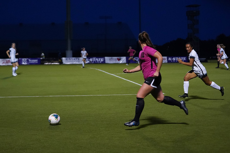 Sophomore Chloe Fisher running the ball down the sideline looking for an open teammate to cross the ball to on September 21, 2019. BYU won 5-0.  (Luis Villarreal-Reyes | Collegian Media Group)