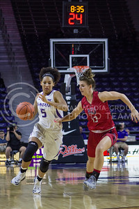 Freshman guard Mercedes Brooks dribbles the ball at the K-State game against Newman in Bramlage Coliseum on Nov. 7, 2016. (Maddie Domnick   The Collegian)
