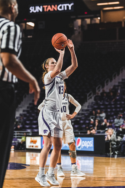 After getting fouled, K-State freshman Laura Macke shoots a free throw. K-State beat North Texas 60-42 in Bramlage Coliseum on November 16, 2018. (Alex Todd | Collegian Media Group)