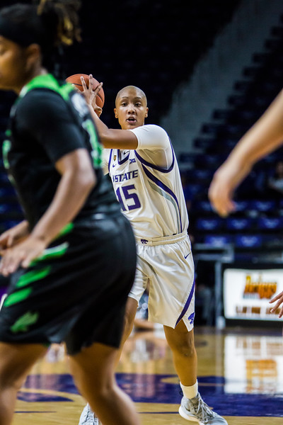 """Senior forward Kali """"KJ"""" Jones scans the court for an open teammate during K-State's women's basketball game against North Texas in Bramlage Coliseum on Nov. 16, 2018. The Wildcats defeated the Mean Green 60-42. (Logan Wassall 