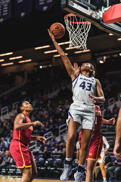 K-State freshman Christianna Carr carried the Wildcats to victory, accounting for 27 of K-State's 65 points during the game against Pittsburg State on November 5, 2018 in Bramlage Coliseum. (Alex Todd | Collegian Media Group)