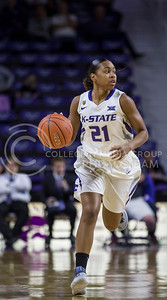 Junior guard Karyla Middlebrook runs the ball down the court during the K-State game against TCU in Bramlage Coliseum on Jan. 18, 2017. (Nathan Jones | The Collegian)