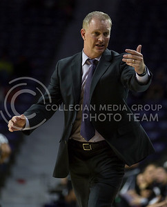 Head coach Jeff Mittie calls a player off the bench during the K-State game against TCU in Bramlage Coliseum on Jan. 18, 2017. (Nathan Jones | The Collegian)