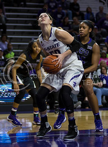 Junior guard Shaelyn Martin looks to make a basket during the K-State game against TCU in Bramlage Coliseum on Jan. 18, 2017. (Nathan Jones | The Collegian)