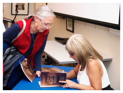 Christine Cowley -The Gift- Book Launch 022