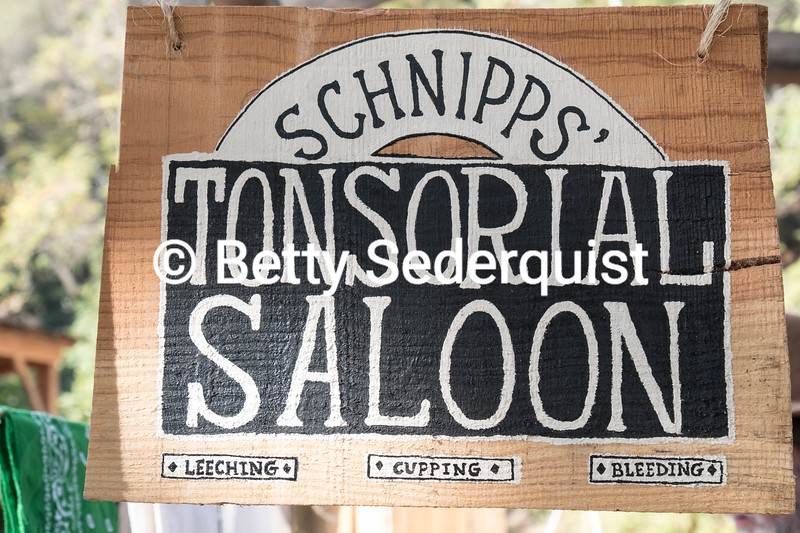 Schnipps' Tonsorial Saloon