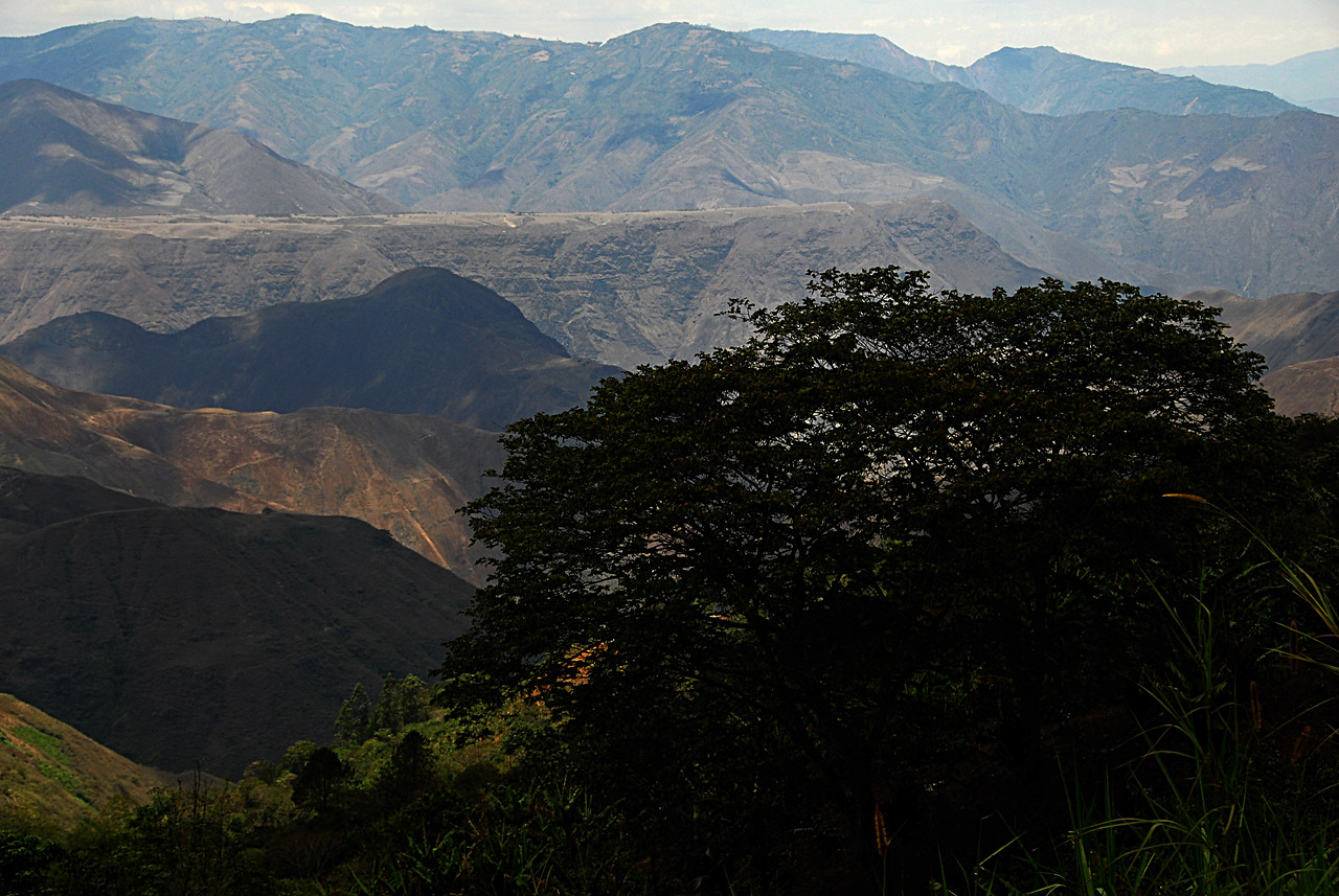 We leave Villa Flor on our way to Pasto, capital of Narino state.  Here is where the mountain ranges merge together into a massive block.