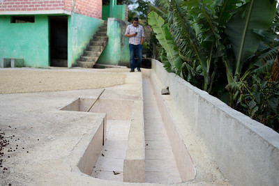 Grading channels - Finca El Balso