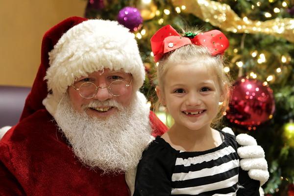 Colonial Oaks Christmas Event   12-17-17