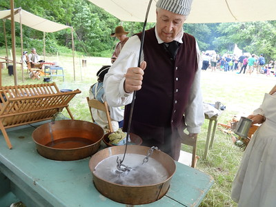 Colonial camp cooking demonstration