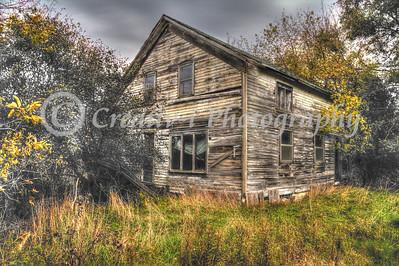 Abandoned House- Ithaca MI #08