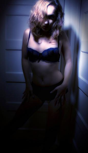 _DSC5167_glow_+blue