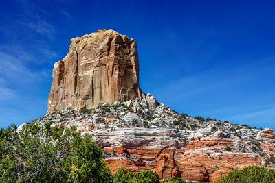 Rocks Make Fine Castles