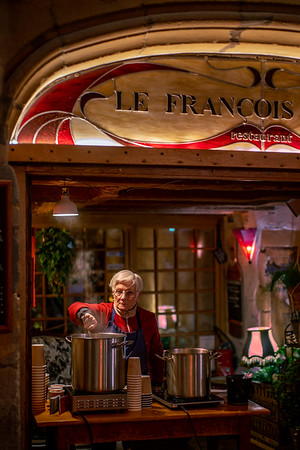 Vin Chaud from Grandma. Hot wine stand in the streets of Old Lyon, heating hearts and heads to visitors of the annual Fete des Lumières.