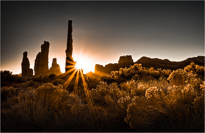 Monument Valley Sunrise 1a