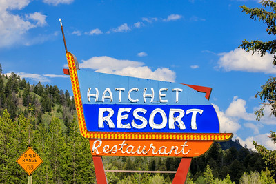 Hatchet Resort & Restaurant