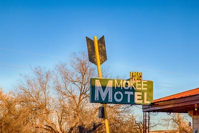 Mokee Motel