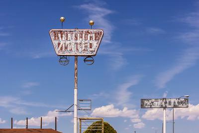 Belshore Motel