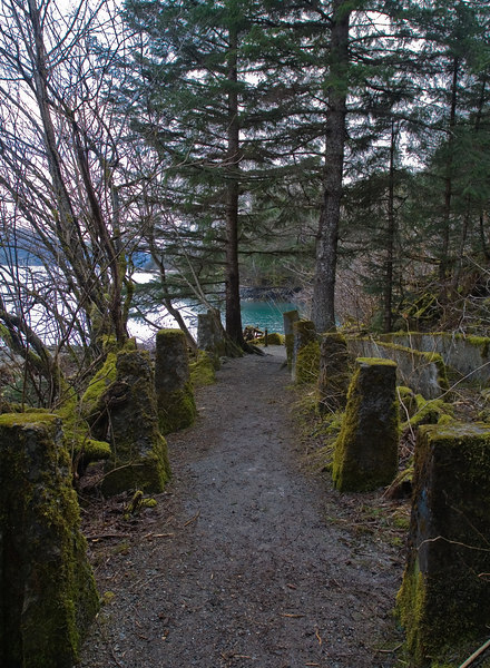 path from old Douglas mine