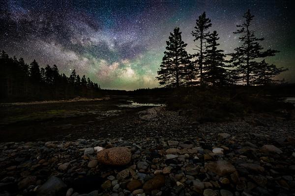 Made from 17 light frames by Starry Landscape Stacker 1.8.0.  Algorithm: Min Value