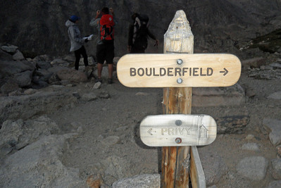 Chasm Junction, just after 6:00 a.m., as we head to the Boulder Field (Image courtesy of  Kurt Hansen)