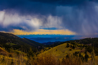Storm A Comin'