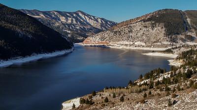 Ruedi Reservoir, along the Fryingpan River, near Basalt, Colorado, in December 2020. Photo by Mitch Tobin, The Water Desk