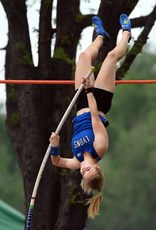 . Logan Kuskie, of Lyons, wins the 2A pole vault during Colorado State Track and Field in Lakewood on Friday. For more photos, go to BoCoPreps.com.  Cliff Grassmick / Staff Photographer/ May 18, 2018