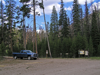 The trail head is close to some camp grounds, not extremely developed, so you could camp and just walk to the trailhead.  The trailhead was not, ummm, very crowded.