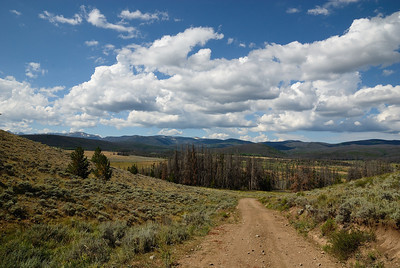 "Much to my joy, when I topped out I was looking down into the Pearl valley.  Once I got down onto the main road (and backtracked a little to the ""other"" main road that I needed to be on), I headed towards Hog Park, Wy.  But, I was happy I'd taken the scenic route.  Turned out to be pretty darn nice."