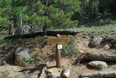 Today I'll be going to the right to Gem Lake as the first part of the loop.  This is a very popular hike for families.